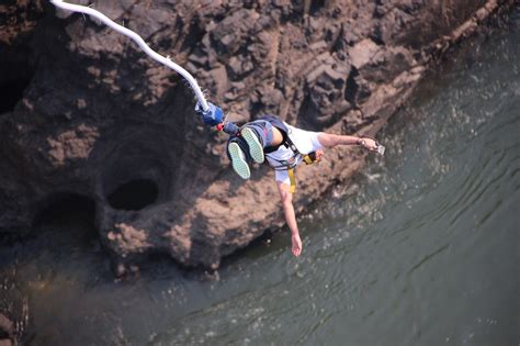 bungee cord swing 3 2 1 bungee bungee jumping victoria falls