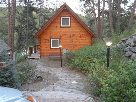 Rustic Ridge Cabins by Kitchen Area Of Hunters And Door To Bathroom