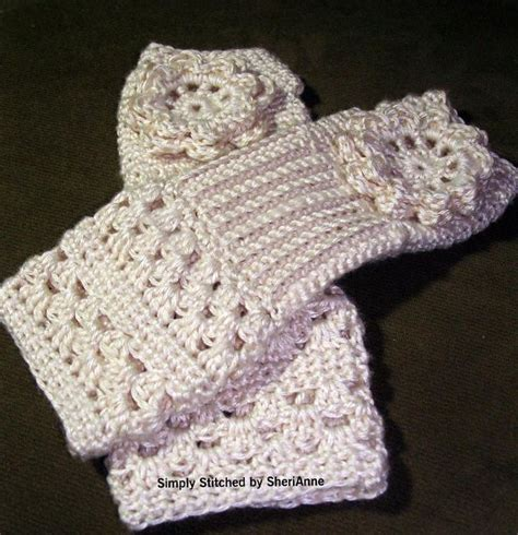 free pattern for crochet fingerless gloves 1000 images about crochet fingerless glove texting glove