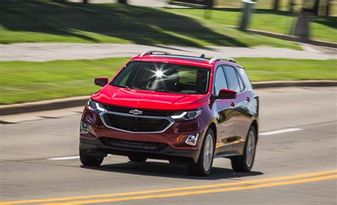 Chevrolet Equinox 2020 by Chevrolet 2019 2020 Chevrolet Equinox 2 0t Awd Rear View