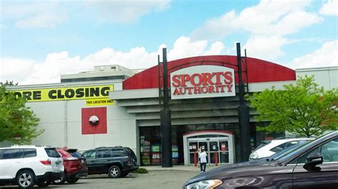 sporting goods greenwood rei to move its centennial store into former sports