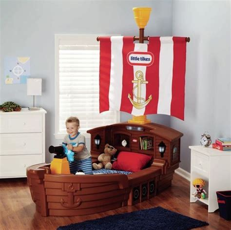 Boat Shaped Toddler Bed Boys Pirate Ship Toddler Bed Boat Shaped Bed W Nightlight