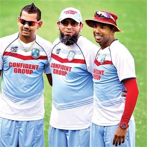 saqlain mushtaq is behind pakistan team defeat against