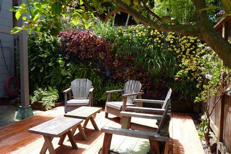 Vertical Patio Gardens Plants On Walls Vertical Garden Garden Walling Systems
