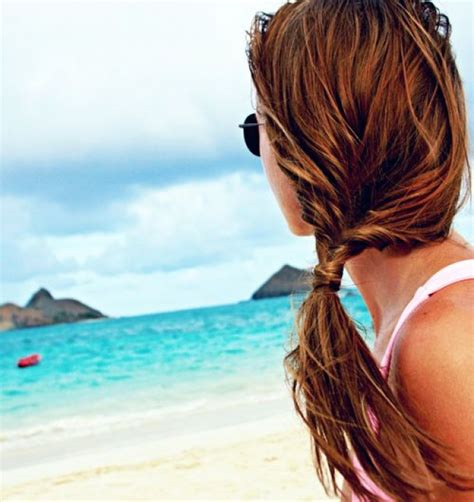 Easy Hairstyles At The Beach | 10 easy hairstyles for the beach the everygirl