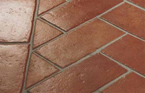pavimento in cotto pulire il pavimento in cotto guida completa