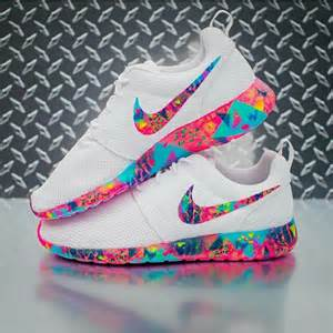 nike colorful shoes custom roshes on the hunt