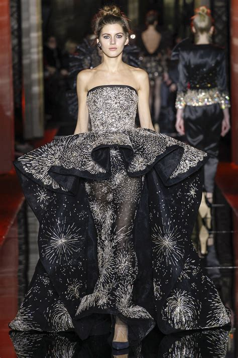 Fashion Weeks Coats Couture In The City Fashion by Zuhair Murad 2017 Arabia Weddings