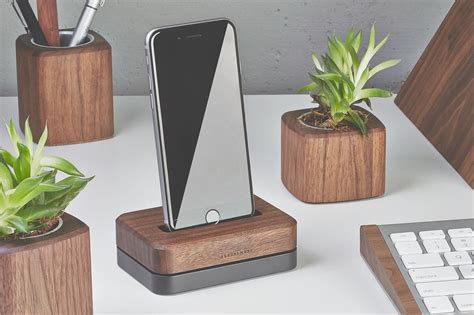 Kayu Iphone wood iphone station 3 lb black stainless steel stand