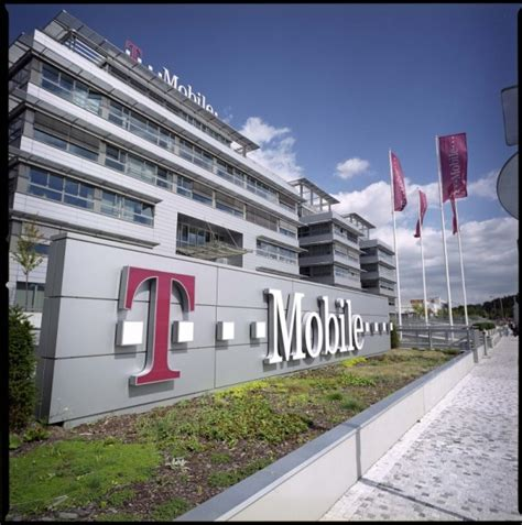 T Mobile Corporate Office by T Mobile To 7 Call Centers Affecting 3 300 Employees