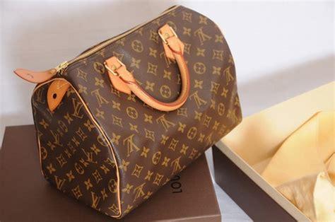 Tas Gucci Lv 091 the top 10 handbags we want this season