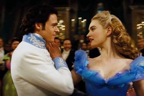 cinderella film foto cinderella dances with the prince in new sneak peek