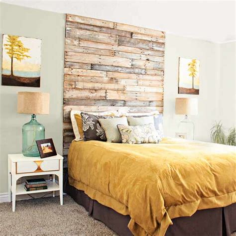 Floor To Ceiling Headboards by Surprising Ways To Use The Pallets Wood Pallet Wood Projects