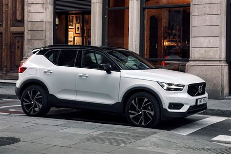 volvos suv subscription plan starts    month insurance included  verge