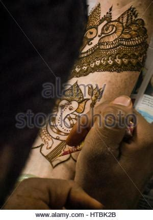 henna tattoo zanzibar henna on the of a from zanzibar