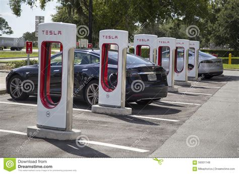 Tesla Electric Stations Electric Cars At Tesla Recharging Stations Stock Photo