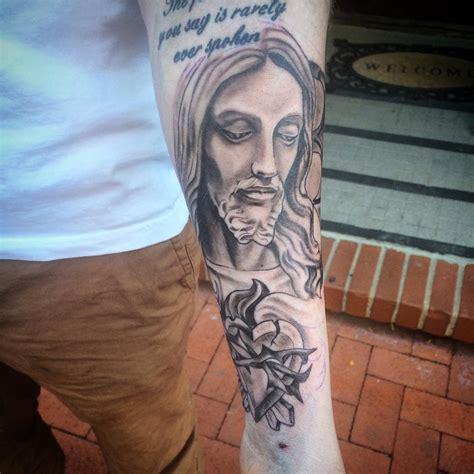 jesus tattoo best 55 best jesus christ tattoo designs meanings find