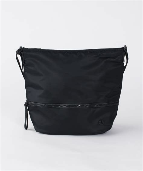 lululemon go lightly crossbody bag lululemon go lightly shoulder bag black lulu fanatics