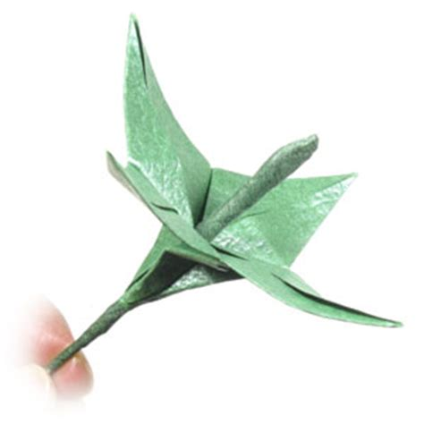 Origami Flower Stem - how to make an origami wire stem page 4