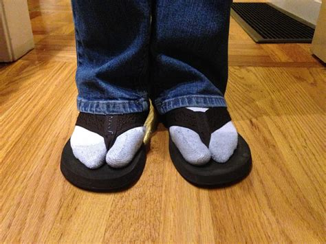 sandals socks scot scoop news socks and sandals should not be worn