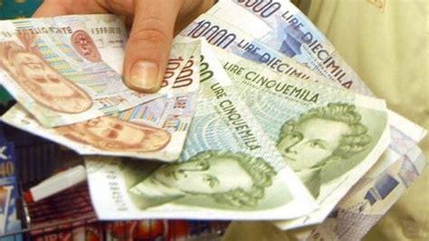 ufficio cambio valuta napoli trova 10 milioni di lire a casa della madre dopo 7 anni