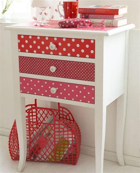 mix  painted furniture  wallpaper  drawerstop easy update   garage sale find diy
