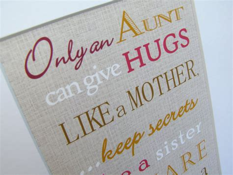 find anniversary gifts for your aunt and uncle aunt gift only and aunt can give hugs like a mother print