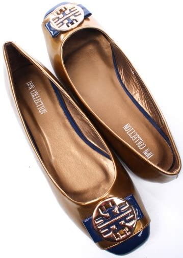 flat shoes with gold medallion flat shoes with gold medallion 28 images flat shoes