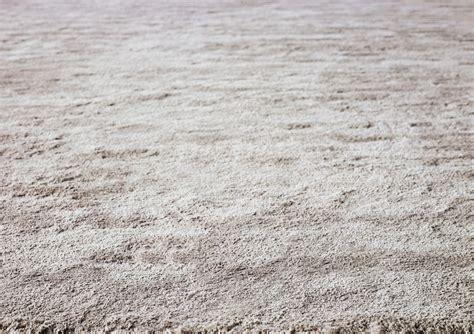 minotti teppiche uni teppich aus leinen matt dibbets by minotti