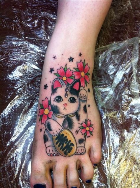 lucky dog tattoo 17 best ideas about cat paw tattoos on