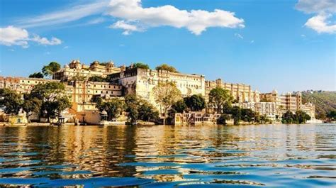 holiday place 10 best holiday destinations in india to visit with family
