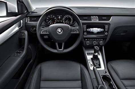Lu Interior Mobil