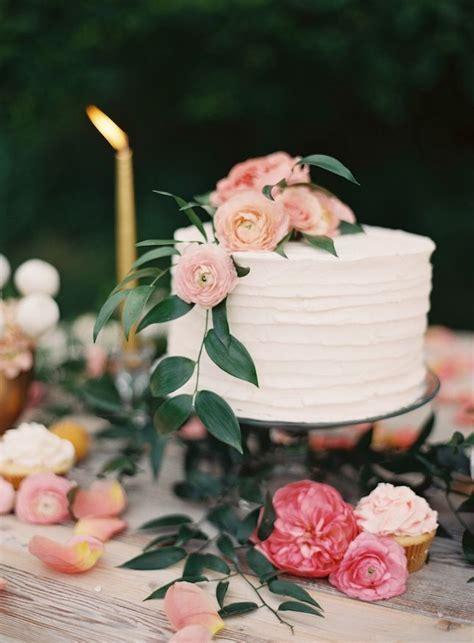 20 Pasteles de Boda con Flores   El Blog de una Novia