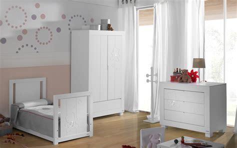 chambre bebe blanc chambre b 233 b 233 blanche