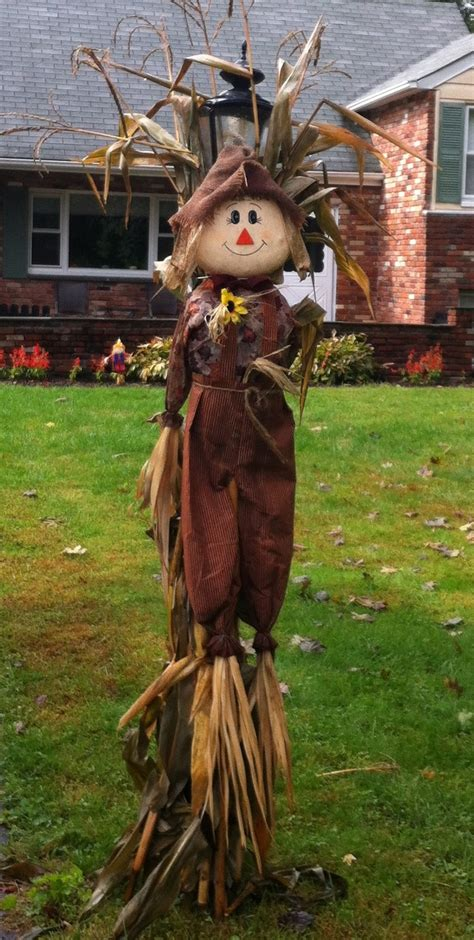 204 best images about scarecrows on pinterest primitive scarecrows the harvest and pumpkin