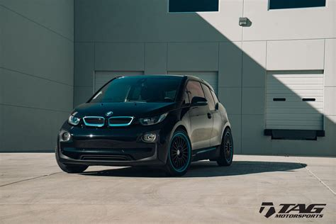 Bmw I3 Tieferlegen by Bmw I3 Looks Intriguing With Hre Wheels Carscoops