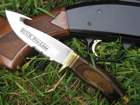 best knife for skinning deer this the best skinning knives for deer