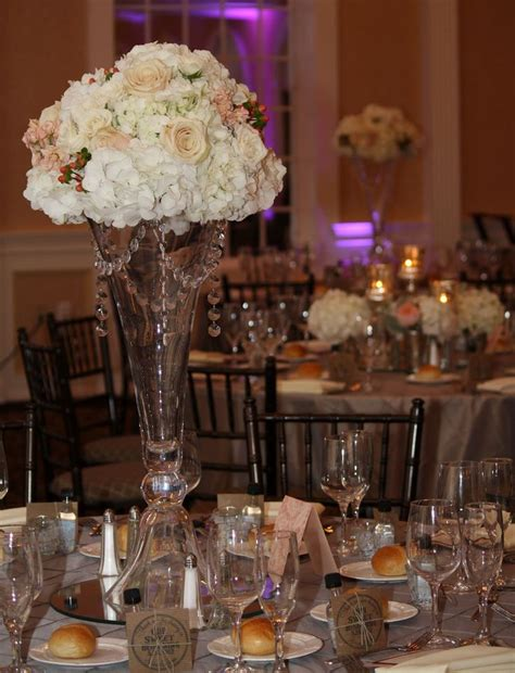 Wedding Decor Ideas Majestic Wedding Reception Table Glass Vase Table Centerpieces