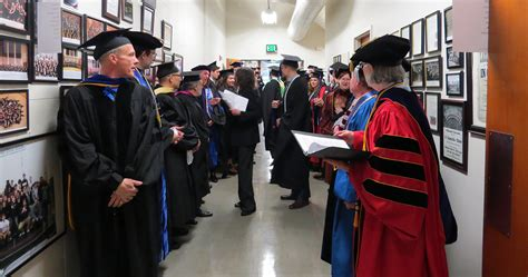Mba For Professionals by Mba For Professionals Program Celebrates Commencement