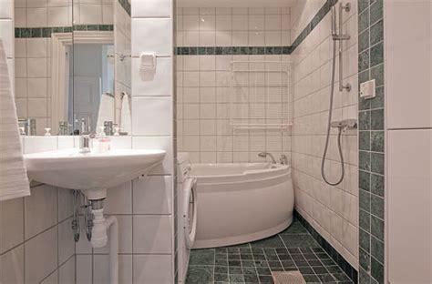 bathroom se top floor apartment 19th century small small houses