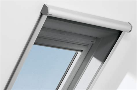 insektenschutzrollo fuer wohndachfenster von velux