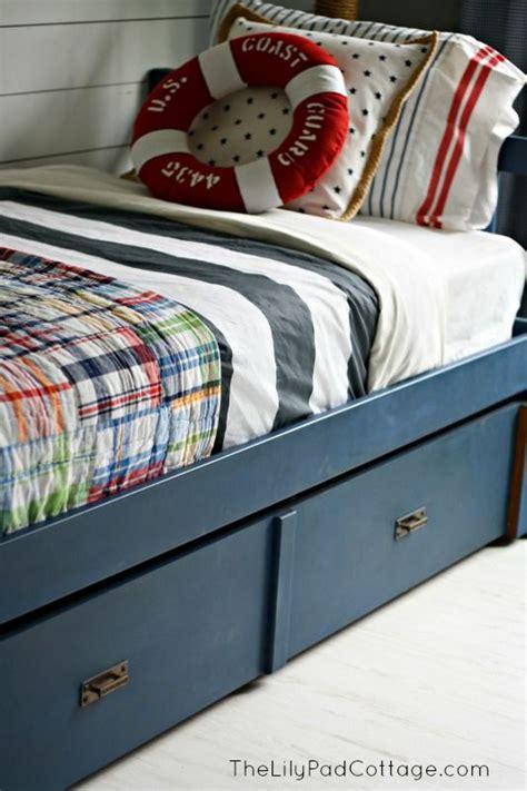 chalk paint bed best 25 chalk paint bed ideas on pinterest annie sloan