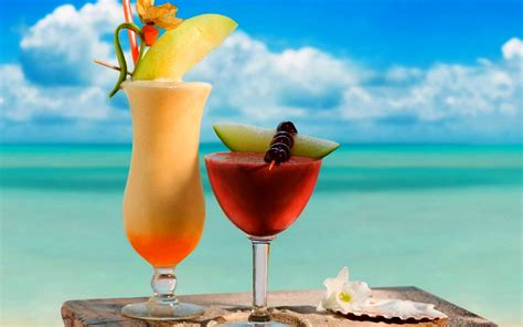 cocktail drinks on the beach summer cocktails wallpaper