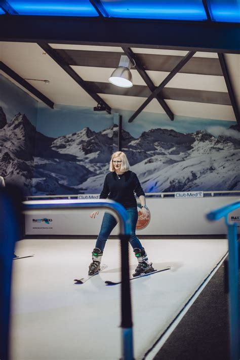 chel ski indoor skiing  central london