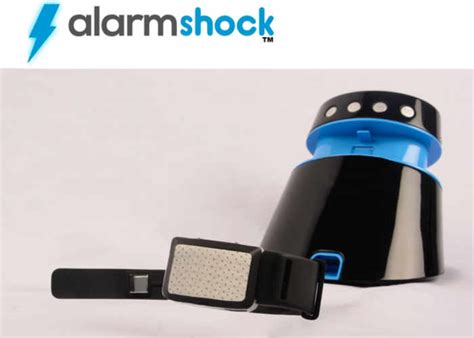 alarmshock electric shock alarm wakes you with a zap geeky gadgets
