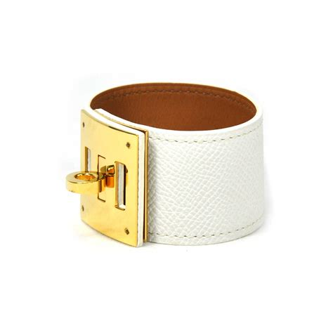 Second Hand Hermes Kelly Dog Bracelet White   THE FIFTH COLLECTION