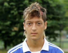 mesut ozil new haircut ex teammate tells story of mesut ozil turning up to