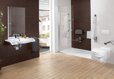rollstuhl badezimmer barrierefreies badezimmer einrichten mit villeroy boch