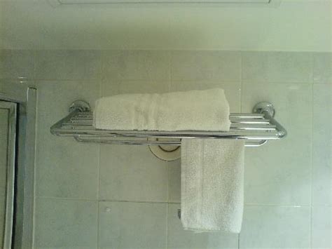 towel rack small bathroom towel racks for small bathrooms bing images
