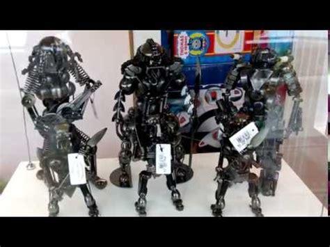 membuat miniatur robot limbah besi menjadi karya seni doovi